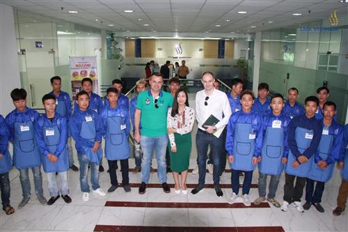 Công ty XKLD LMK Việt Nam