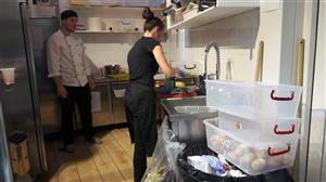 [Rumani] Tuyển nam thực phẩm đóng gói và chế biến thịt lợn